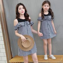 Ruffled Sleeve Mother Daughter Dresses Family Matching Outfits Plaid Mommy and Me Clothes Off Shoulder Mom Girls Dress Look