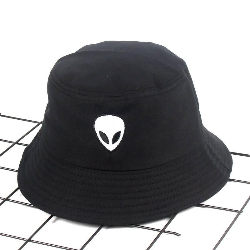 2019 Cotton Alien Pattern Embroidery Bucket Hat Fisherman Hat Outdoor Travel Hat Foldable Sun Cap Hats For Men And Women 542