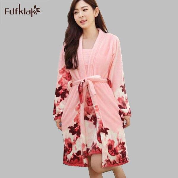 Новая мода зима пижамы женщин халаты цветок женская халат Две части Дома женские Платья фланель теплый халат Q772