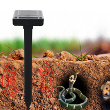 2pcs 38cm Ultrasonic Solar Power Pest Repeller Outdoor Garden Yard Mouse Snakes Repeller High-power Pest Control Tools Black