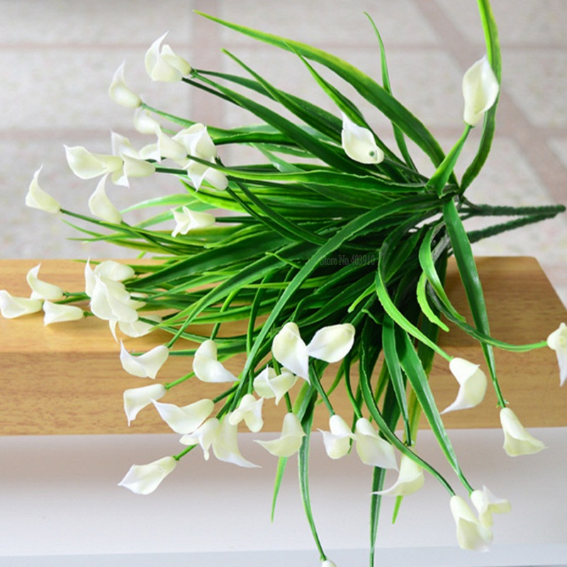 New beautiful 25 heads/bouquet mini artificial calla with leaf plastic fake lily Aquatic plants home room decoration flower(China)