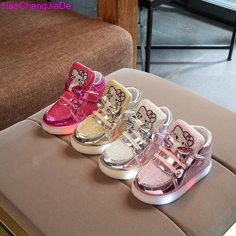 HaoChengJiaDe New Spring Autumn Winter Children&#8217;s Sneakers Kids Shoe <font><b>Chaussure</b></font> <font><b>Enfant</b></font> Hello Kitty Girls Flat Shoe With <font><b>LED</b></font> Light