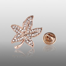 2017 New Exquisite Rhinestone Maple Brooch Pins For Women Collar,Bride pins,fashion ladies small gold brooches pins for wedding