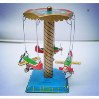 Wind Up Toy Rotating Airplane Carousel Clockwork Toys Funny Vintage Collectible Tin Toys Free Shipping