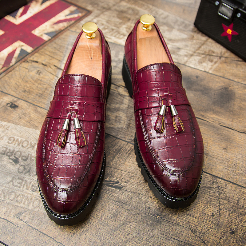dark Brun Noir Cuir Red red Nouveaux Mâle Shoes Shoes Marque Cnfiia De Luxe yellow Shoes Mocassins Hommes Black 2018 En Chaussures Gland Shoes Automne Occasionnels Rouge wxXHq8XzR