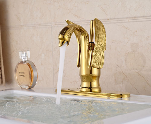 Luxury Swan Shape Golden Bathroom Sink Faucet Single Handle Basin Mixer Tap With Cover Plate donyummyjo luxury bathroom basin faucet brass golden polish swan shape single handle hot&cold water vanity sink mixer tap page 6