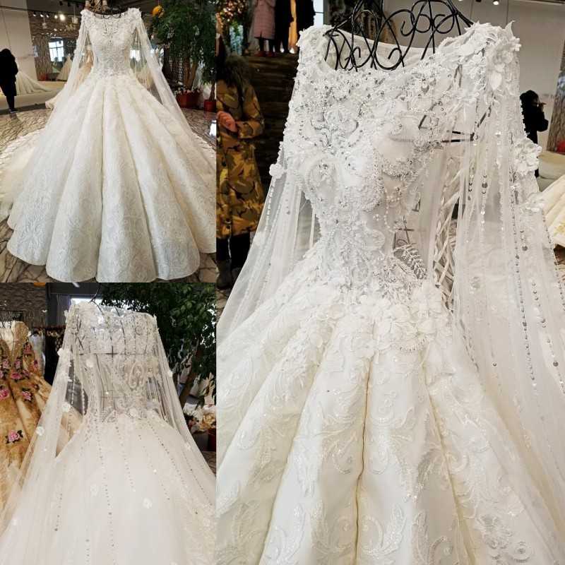 Backlake Super Big Puffy Wedding Dress Long Cape Bruiloft