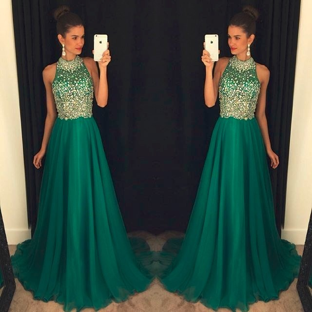 7e6fb9a58 2017 Verde A-Line Largo de Baile Vestidos de Cuello Halter de Gasa  Cristales Con