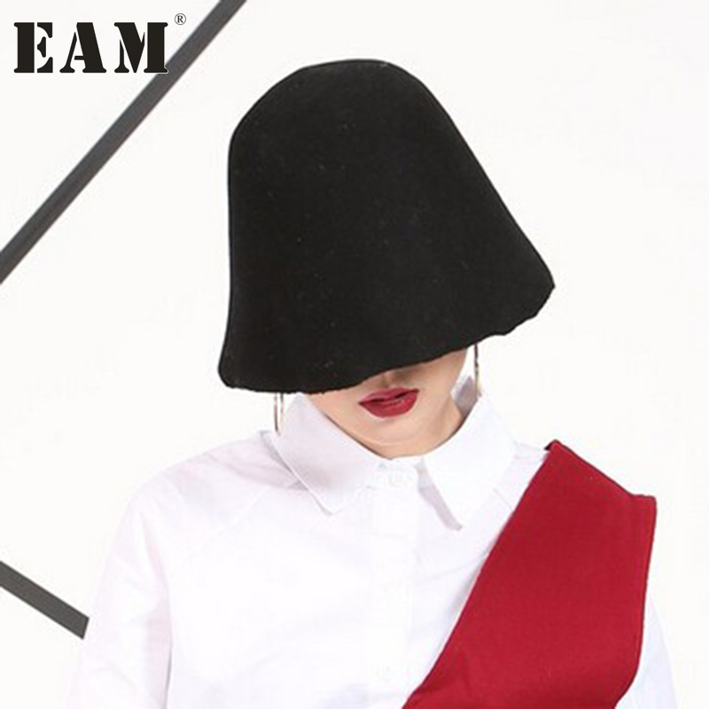 [EAM] 2018 New Solid Color Personality Black Red Woolen Hat Cap Hat Female Korean Autumn Women Fashion Tide AS16501