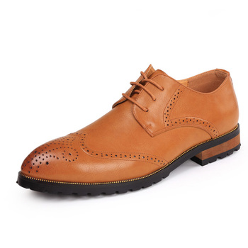 New Arrival Men Brogue Shoes Bullock Pointed Toe Vintage Carved Lace Up Male Business Leisure Leather Shoes