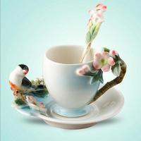 Tasse en céramique Magpies Plum Blossom émail couleur tasse de café avec soucoupe et cuillère européenne Creative tasses à thé