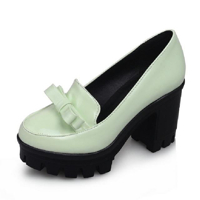 Marca Tamaño Grande 34-43 2017 Square Tacones Altos Plataforma Skidproof Bowtie Gladiador Primavera Verano Mujer Zapatos de las mujeres Bombas