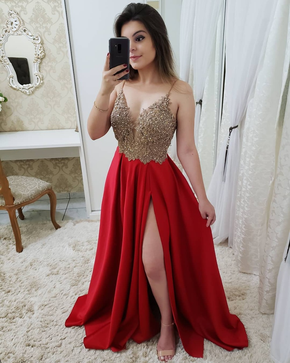 Sexy V Neck Pink Burgundy Red Navy Blue   Prom     Dresses   Long 2019 Beaded Appliques Reflective   Dress   Side Slit Evening Party Gowns