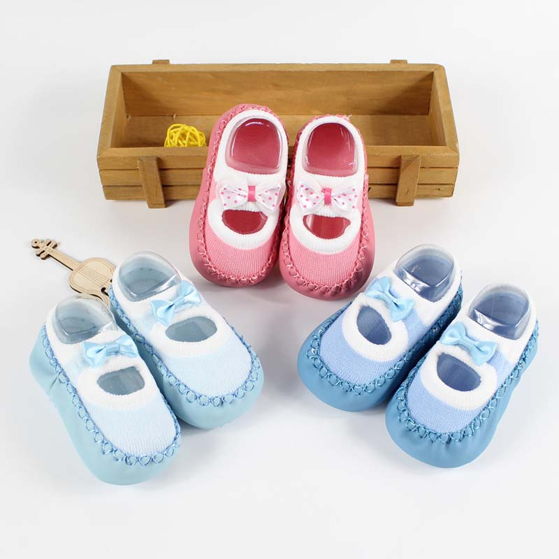 Baby-First-Walkers-socks-Anti-Slip-Newborn-0-12M-Cotton-Lovely-Cute-Shoes-bow-Cartoon-Slippers-Boots-Boy-Girl-Skid-Socks-2