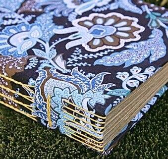 945996e216144 Hecho a mano Vintage flores de tela tapa blanda portátil Diary Book 17   21  cm