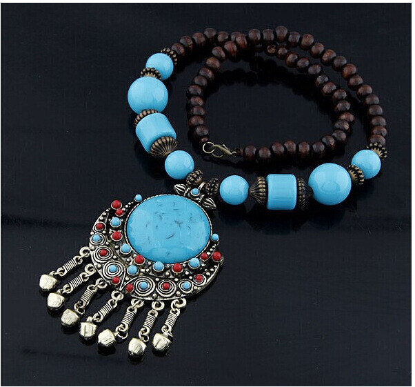 Bohemian Tibet Gypsy Ethinc Crescent Big Round Natural Stone Beads Chain Small Bell Tassels Necklaces & Pendants Women