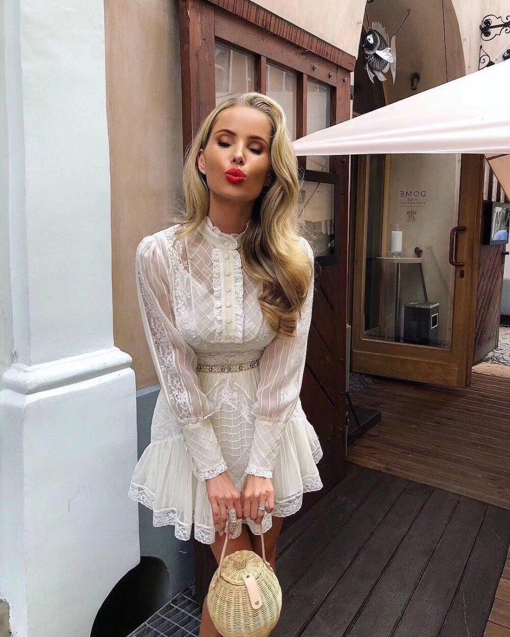 2019 wiosna nowy przyjeżdża biały czarny koronki mini sukienka pełna rękaw kobiety sukienka w Suknie od Odzież damska na  Grupa 1