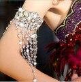 Las Mujeres hechas a mano de Plata Flor Piedras de cristal Mano Pulsera Accesorios de La Joyería Nupcial de La Boda de La cinta de La Borla de La Cadena del brazo