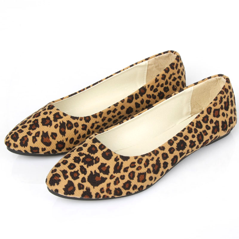 Women Shoes 2018 Autumn Women Flats Ballet Flats Leopard Print Shoes Women Casual Shoes Slip On Pointed Toe Women Flats