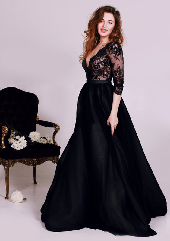 black evening dress with sleeves - Dress Yp