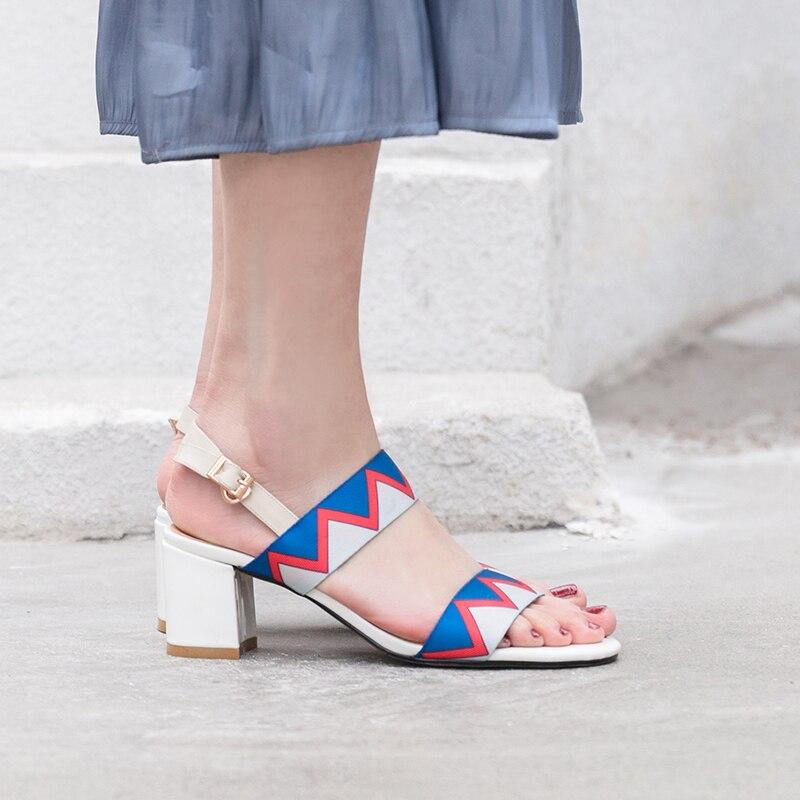 Mode Carré Pour Salu 2019 Chaussons Sandales Véritable Cuir Talon Sexy Femmes En Boucle Noir blanc D'été qzUd7rzxYw