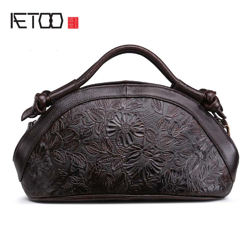 AETOO 2017 New Arrival Oil wax Genuine Leather Women Handbags Fashion embossed Crossbody Bags Female Handbag Trend Bag Bolsas aetoo 2017 new arrival oil wax genuine leather women handbags fashion embossed crossbody bags female handbag trend bag bolsas