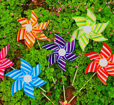 21CM Hexagonal Windmill Colorful Children's Creative DIY Article Pvc Plastic Toy Windmill Windmill