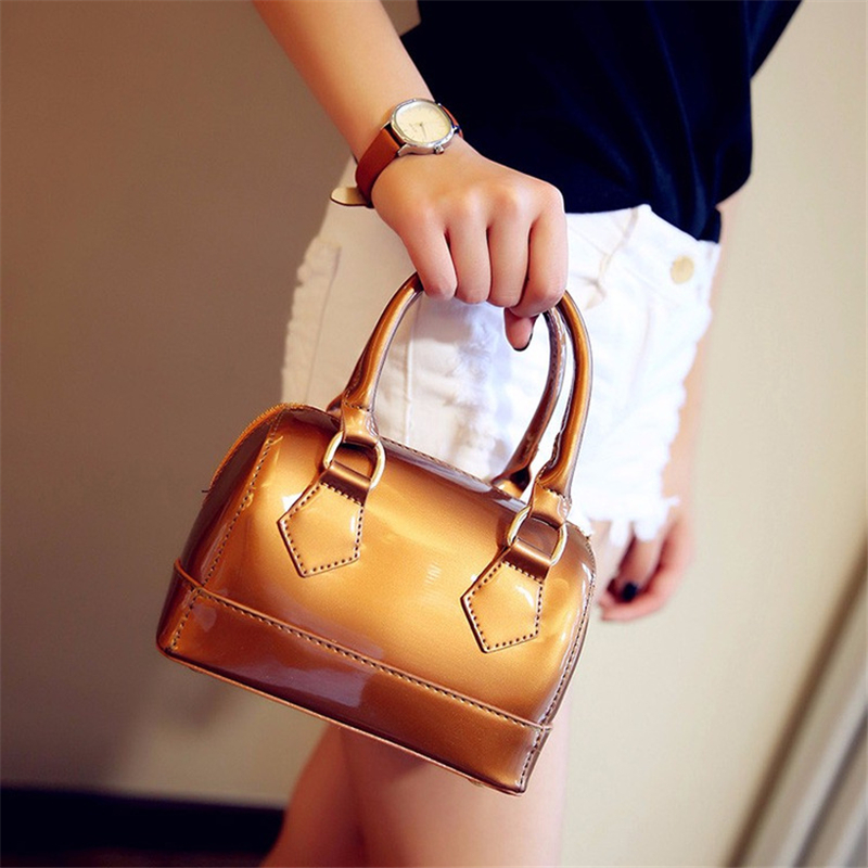 ФОТО Women's Patent Leather Handbags 2017 Solid Color Boston Bags Casual Women Bag Simple Shoulder Bag Ladies Doctor Bags Tote