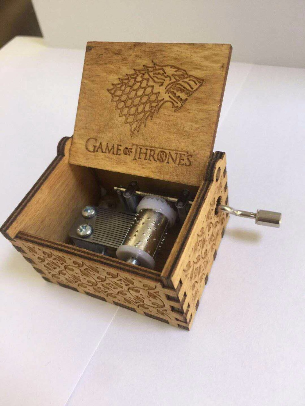 wooden hand crank Game Of Thrones Music Box Christmas souvenir gift box gift birthday Gift Party Supply