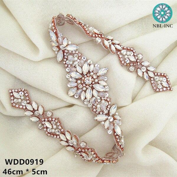 (30 sztuk) sprzedaż hurtowa pasek do sukni ślubnej rhinestone aplikacja dla nowożeńców zroszony kryształ aplikacja żelazko na sukienki ślubne WDD0919 w Kryształy górskie od Dom i ogród na  Grupa 2
