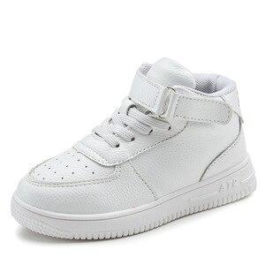 Image 1 - 2019 crianças casuais sapatos menina tênis de couro alta ajuda à prova dwaterproof água preto vermelho crianças botas meninas sapatos