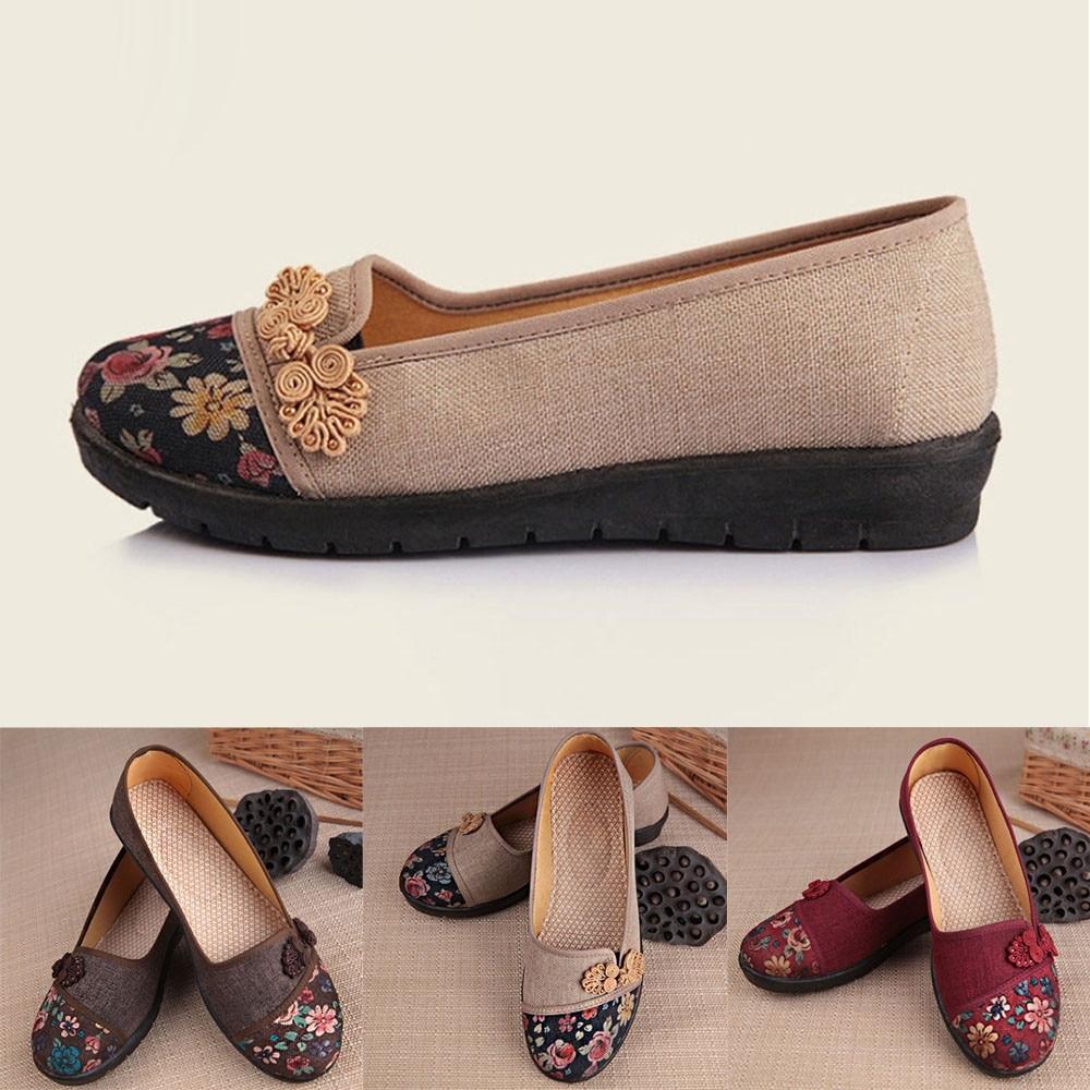 Women Shallow Broken Flower Round Toe Anti Skidding Cloth Shoes Casual Shoes 2018 New women casual flat shoes woman terlik 10