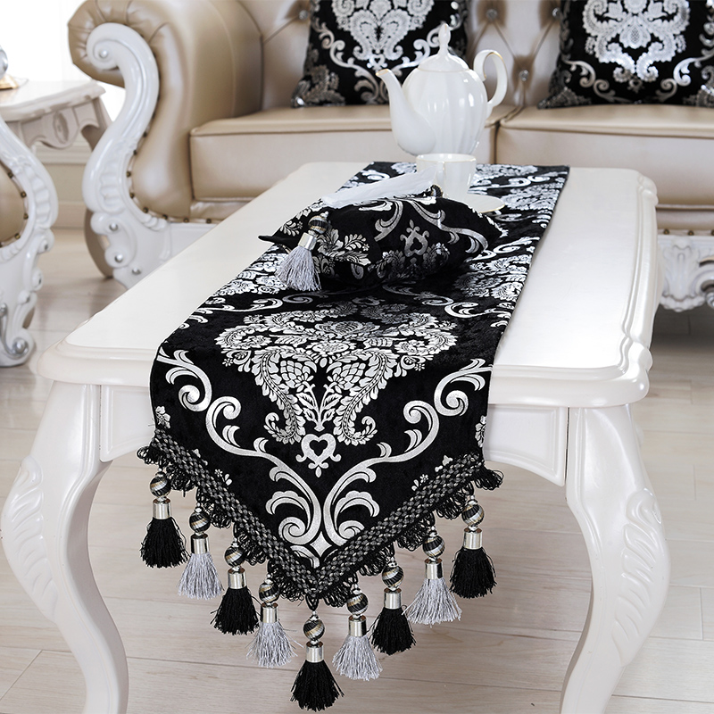 Luxury Europe Runner silver plating Bead tassels Beauty Table Bed Home Room Dec runner Mat mat wholesale FG331