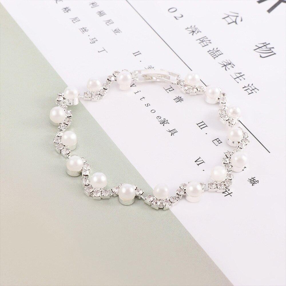 1 Pc Bohemian Elegante Armband Dame Armband Kunstmatige Parel Kristal Manchet Sieraden Voor Vrouwen Fashion Party Eenvoudige Verklaring Geschenken