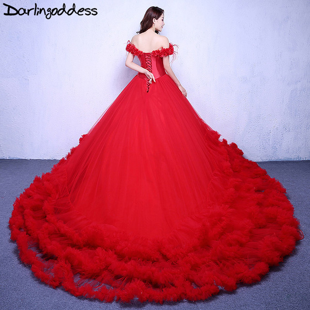 Puffy Wedding Cloud Dresses 2017 Luxury Ball Gown Short Sleeve Lace Up Photography Dress Red Long Train Bridal Gowns