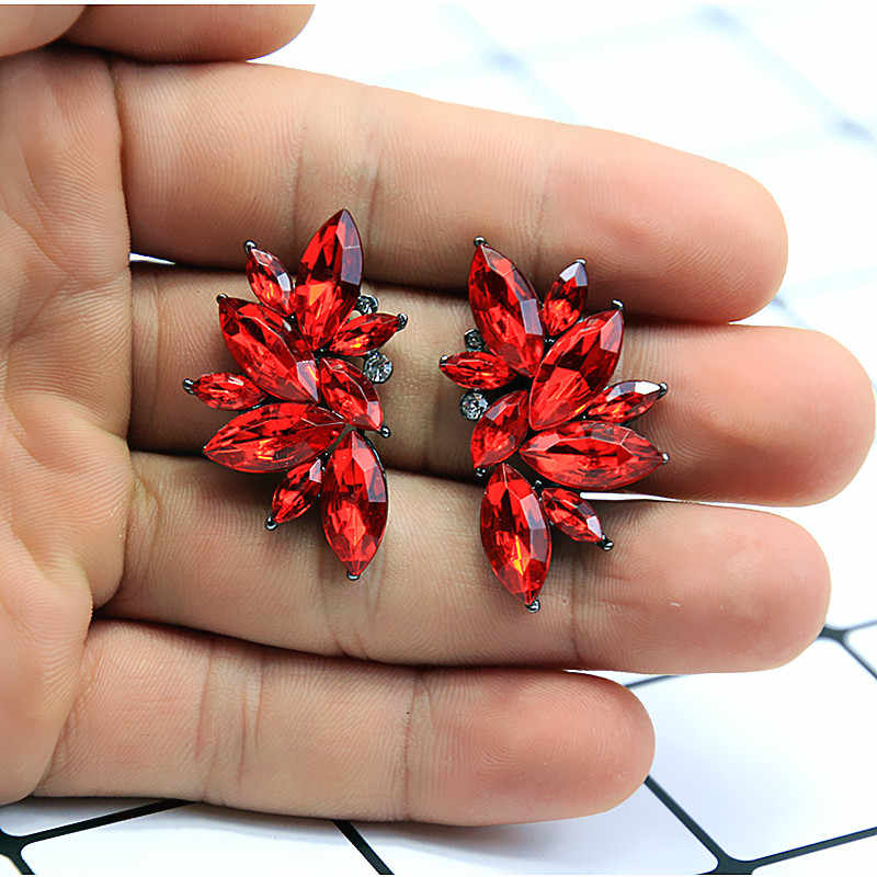 New Women's Fashion Crystal  Earrings Rhinestone RED / Pink Glass Black Resin Sweet Metal Leaf Ear Earrings For Girl A30