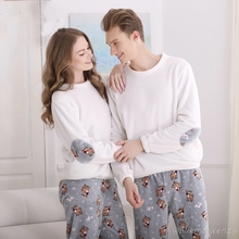 2017 Men And Women Homewear Autumn Winter Long Sleeve Pajama Set Soft Christmas Sleepshirt With Deer Coral Velvet Two-piece Suit