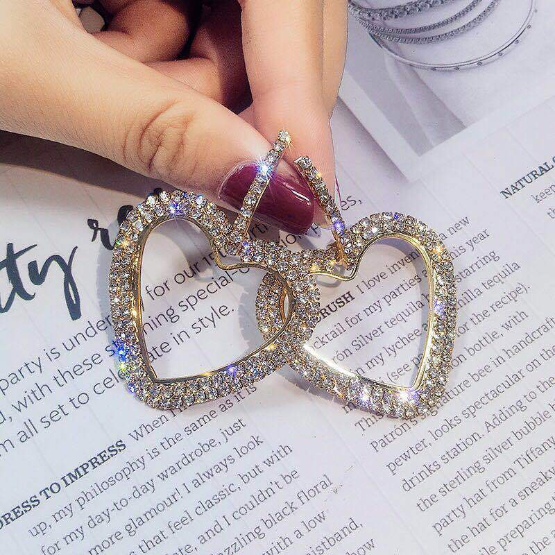 LUBOV-Fashion-Korean-Style-Big-Heart-Hoop-Earrings-Luxury-Gold-Silver-Color-Rhinestone-Earring-Women-Party (3)