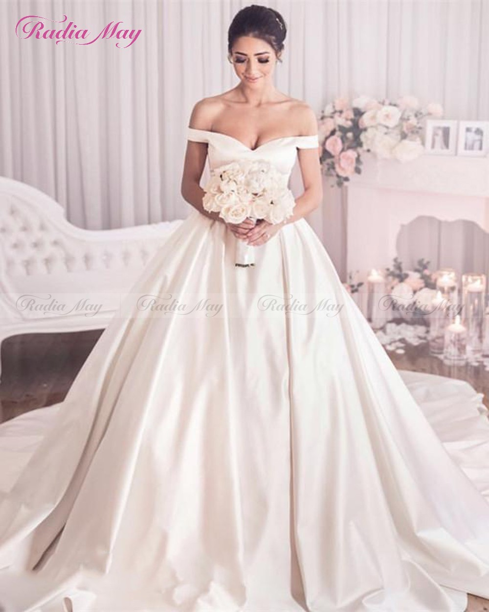 06a58741e5 US $149.6 20% OFF|Elegant White Satin Ball Gown Plus Size Wedding Dress  with Pockets 2019 Off Shoulder Luxury Chapel Train Wedding Gowns Turkey-in  ...