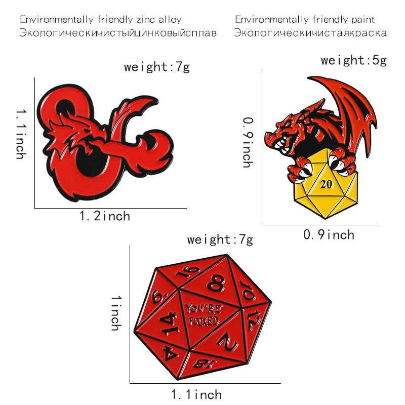 Naga dan Permainan Penjara Pin Naga Merah Logo Permainan Kerah Pin Lencana Polygon Merah Emas Perak Dadu Enamel Bros Kemeja tas Perhiasan
