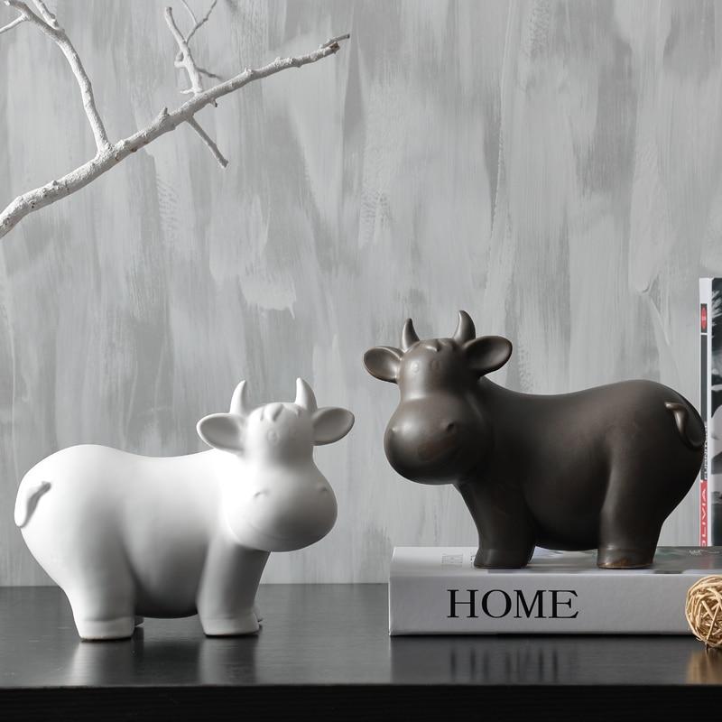Fun cute dairy cow art statue brief cattle animal ornaments sculpture Creative home ceramic craft decorationFun cute dairy cow art statue brief cattle animal ornaments sculpture Creative home ceramic craft decoration