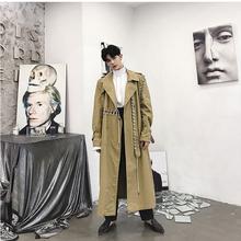 Khaki wykop płaszcz mężczyźni Streetwear Gothic Punk Style długa kurtka mężczyźni płaszcz wstążka łączone sweter Harajuku męskie odzież wierzchnia tanie tanio Skręcić w dół kołnierz REGULAR Szeroki zwężone Poliester STANDARD Długi Elastan Kaszmiru COTTON LISCN Pełna Mens Jackets And Coats