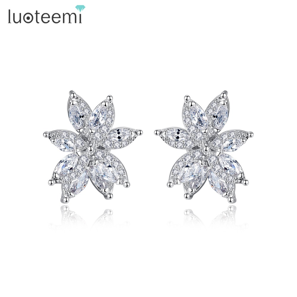 LUOTEEMI New Exquisite Flower Stud Earrings for Women Wedding Party Luxury CZ Popular Jewelry Brincos Two Colors Christmas GiftLUOTEEMI New Exquisite Flower Stud Earrings for Women Wedding Party Luxury CZ Popular Jewelry Brincos Two Colors Christmas Gift