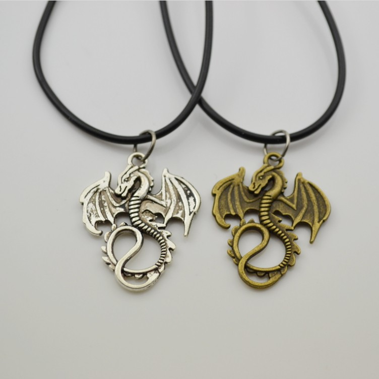 2016 fashion movie necklace  dragon pendant necklace The battle of the hobbit 2 Shi Mao leather four color Fire dragon necklace