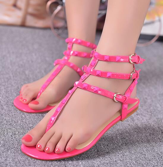 ФОТО 2017 Hot Sale Women Sweet Sandals Summer Sexy Rivets Buckle Strap Flats Party Patent Leather Matt Customize EU 41-43 Women Shoes