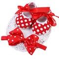 2016 Hot/Barato Conjuntos de Pontos Vermelhos Sapatos Meninas Bow Headbands Do Bebê, As Meninas Da Criança Da Princesa Sapatos De Bebe De Menina, moda Sapatos Recém-nascidos