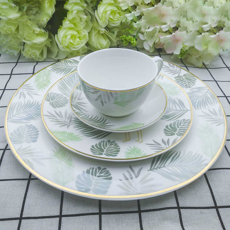 Bone China Dinnerware Set Ceramics Steak Dinner Plates Set Cup And Saucer Banana Leaf With Red-crowned Crane Full Set Tableware
