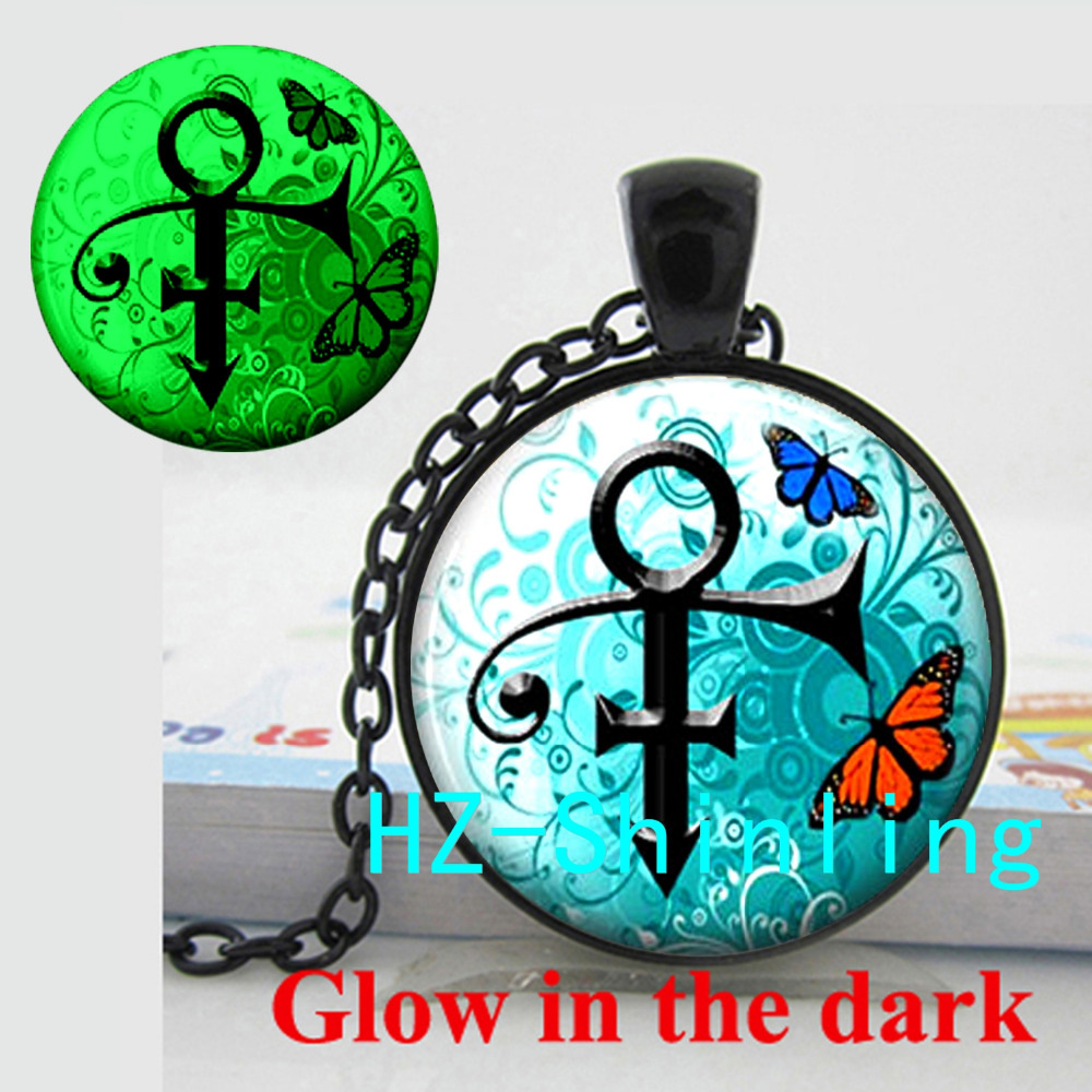 New Fashion Glowing Pendant Prince Symbol Glow Necklace Prince Picture Pendant Jewelry Glass Cabochon Necklace