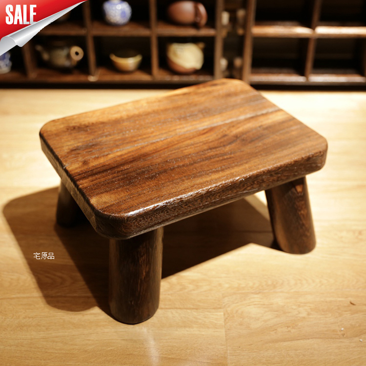 Paulownia wood burning rounded cute child changing his shoes stool stool versatile Japanese shipping small stool