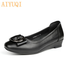 Купить с кэшбэком AIYUQI Women shoes low heel 2019 spring new shoes women 100% genuine leather not tired walking Casual wedges Mother shoes lady